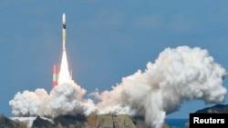 지난해 10월 일본 타네가시마 우주센터에서 기후 위성성을 탑재한 로켓이 발사되고 있다. (자료사진)