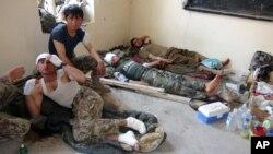 탈레반과의 전투에서 다친 아프간 군 (자료사진)