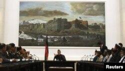 عکس آرشیف از یک روز ملاقات حامد کرزی، رئیس جمهور افغانستان