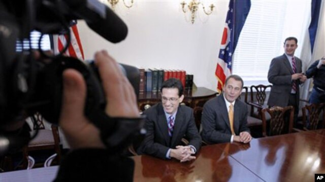 Current House Minority Whip Eric Cantor, left, and House speaker-in-waiting John Boehner speak to the media following Republican midterm election gains (File Photo)