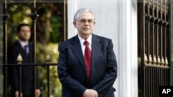 Ο Λουκάς Παπαδήμος νέος Πρωθυπουργός της Ελλάδας
