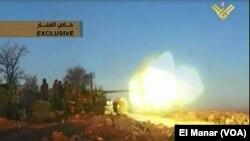 Hizbullah'a ait el Manar televizyonu, Suriye ordusunun Zabadani'ye düzenlediği saldırıyla ilgili görüntülere yer veriyor.