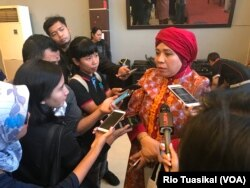 Lena Maryana, Juru Bicara timses Jokowi-Ma'ruf Lena Maryana Mukti memberikan keterangan kepada wartawan di Jakarta Pusat, Sabtu, 22 September 2018. (Foto: VOA/Rio Tuasikal)
