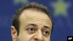 Ο Τούρκος Υπουργός, Εγκεμέν Μπαγίς