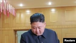 北韓領導人金正恩參加最高人民會議議員選舉。