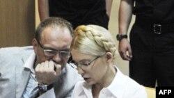 Юлія Тимошенко зі своїм адвокатом