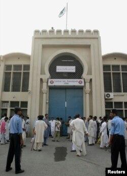 راولپنڈی کا اڈیالہ جیل جہاں کیپٹن صفدر اپنی سزا کاٹیں گے۔