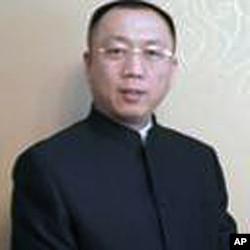 律师李庄资料照