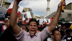 6일 요르단 암만에서 알카사스베 중위를 살해한 이슬람 수니파 무장단체 ISIL을 규탄하는 시위가 벌어졌다.