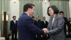 蔡英文:台湾会和美国有更多互访和交流