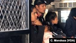 Migrantske porodice na granici SAD i Meksika
