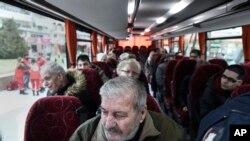 Hơn 70.000 người Hy Lạp đã sơ tán khỏi nhà ở thành phố Thessaloniki để gỡ một quả bom, ngày 12/02/2017.