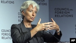 À volta do mundo. Christine Lagarde