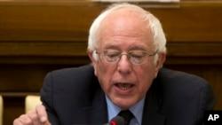 El senador estadounidense y candidato presidencial demócrata Bernie Sanders habló en el Vaticano.