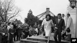 President Kennedy and first lady Jacqueline Kennedy in Middleburg, Virginia in 1962