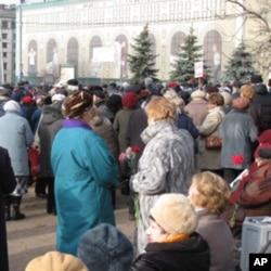 索洛维茨石头旁的集会