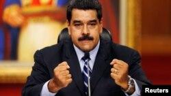 Nicolas Maduro puede ser colombiano y venezolano a la vez, y no por eso perdería la presidencia, dice el Tribunal Supremo, de corte chavista.