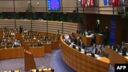 Parlamenti evropian miraton heqjen e vizave për Shqipërinë