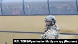 Автобус під час обміну утримуваними на Донбасі