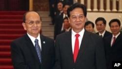 Tổng thống Miến Ðiện Thein Sein và Thủ tướng Việt Nam Nguyễn Tấn Dũng tại Hà Nội, ngày 20/3/2012