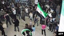 Продолжаются протесты в Сирии