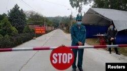 Một chốt chặn kiểm soát dịch bệnh ở Quảng Ninh, ngày 29/1/2021.