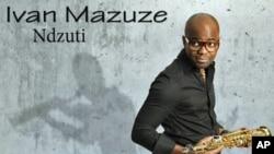"""""""Ndzuti"""" o mais recente trabalho do saxofonista moçambicano Ivan Mazuze"""