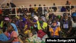 Cabo Delgado, deslocados de Palma abrigado no centro desportivo de Pemba