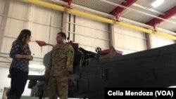 El piloto Pedro Vargas Lebron habló con Celia Mendoza sobre su experiencia en los rescates en las inundaciones en Beaumont, Texas.