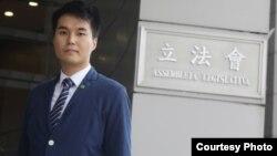 澳门历史上最年轻议员苏嘉豪(苹果日报图片)