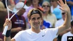 Petenis Swis Roger Federer akan menghadapi Florian Mayer dari Jerman dalam perempat final turnamen Hamburg (foto: dok).