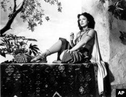 هدی لامار در نقش دلیله - ۱۹۴۹
