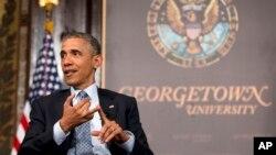 미국 워싱턴의 조지타운 대학에서 12일 바락 오바마 미국 대통령이 빈곤 퇴치와 관련해 연설하고 있다.