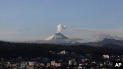 El volcán Cotopaxi comenzó a hacer erupción a mediados de agosto.