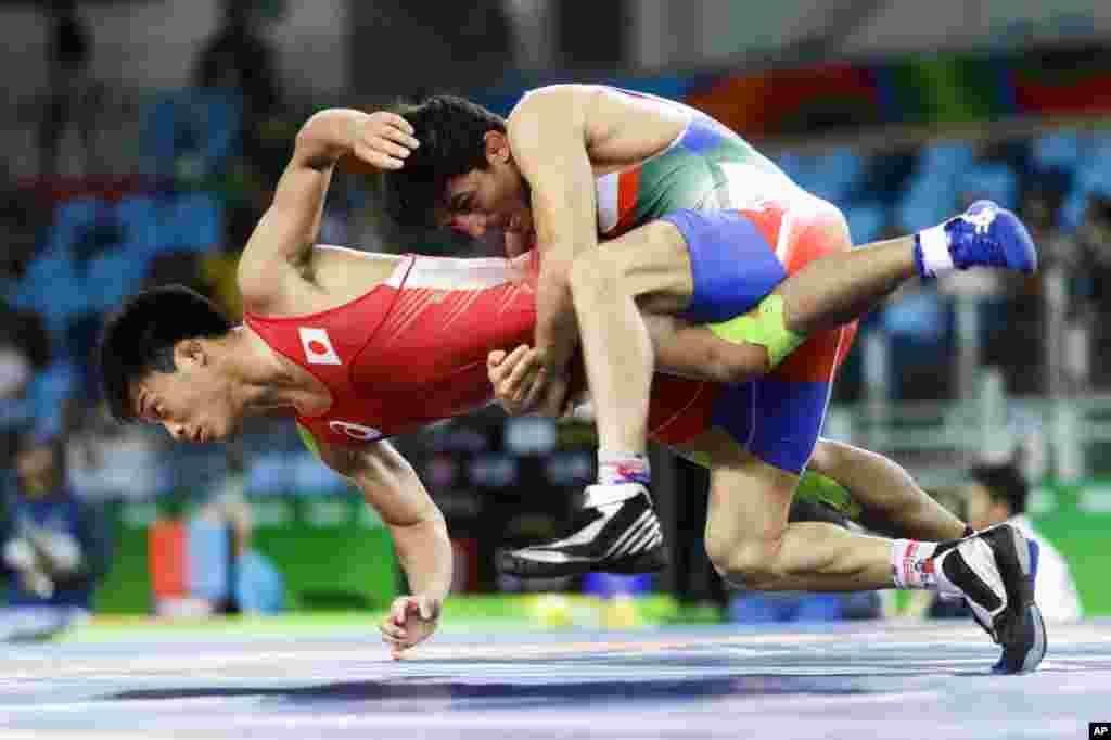 این تلاش سوریان برای شکست حریف ژاپنی نتیجه نداد و او در بازی اول به او باخت.