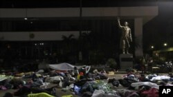 Los migrantes hondureños duermen en la ciudad de Tapachula, en el sur de México, el 22 de octubre de 2018. Foto: AP