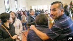 Para imigran ilegal yang terancam deportasi mencari perlindungan di dalam gereja CityWell United Methodist, Durham, Nort Carolina (foto: ilustrasi).