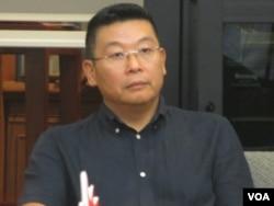 中国民运人士杨建利 (美国之音张永泰拍摄 )