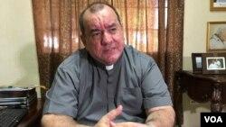 Monseñor Carlos Avilés recordó que el 19 de julio del año pasado, fecha en que se conmemora el triunfo de la Revolución Popular Sandinista, el presidente Daniel Ortega acusó a los obispos de ser golpistas y terroristas.