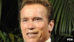 Schwarzenegger tuvo una participación muy breve en la cinta The Expandables (Los Invencibles) de 2010 el que fue su último proyecto cinematográfico hasta la fecha.