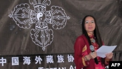 西藏知名歌唱家央金拉姆