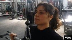 افغان ورزشکاره ویدا په ورځ کې شاوخوا ۳۰ نجونو او میرمنو ته ټریننګ ورکوي