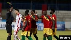 L'équipe tunisienne contre l'équipe guinéenne le 9 octobre 2016 à Monastir, en Tunisie lors des journées éliminatoires.