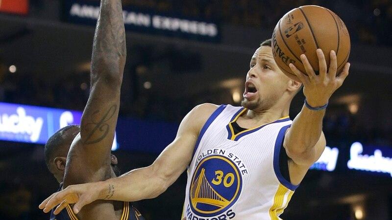 NBA - Play-offs: Golden State qualifié pour le 2e tour, Toronto relancé