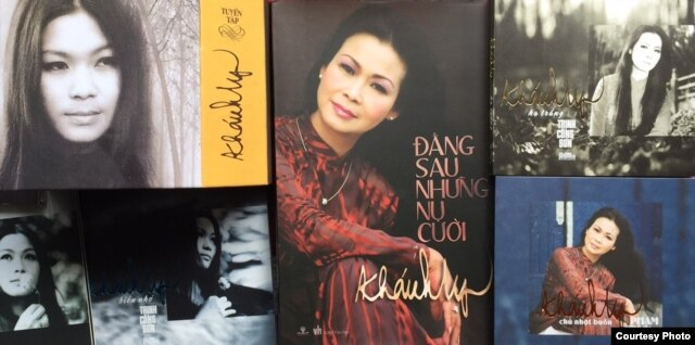 CD nhạc và sách của Khánh Ly mới được phát hành tại Việt Nam tháng trước (ảnh Bùi Văn Phú)