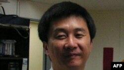 Sau khi trốn khỏi Bắc Triều Tiên, ông Kang Cheol-hwan sáng lập Trung tâm Chiến lược Bắc Triều Tiên, một tổ chức bất vụ lợi tại Seoul