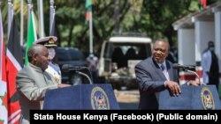 Perezida Uhuru Kenyatta na Evariste Ndayishimiye
