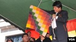 El presidente Evo Morales anunció un referéndum regional sobre la construcción de la carretera en territorio indígena.