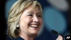 Clinton se presentó a las primarias para las elecciones presidenciales de 2008, pero ese entonces perdió ante el ahora presidente Barack Obama.