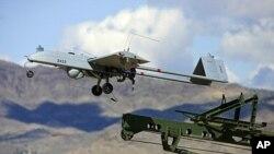 파키스탄에서 이륙하는 무인항공기